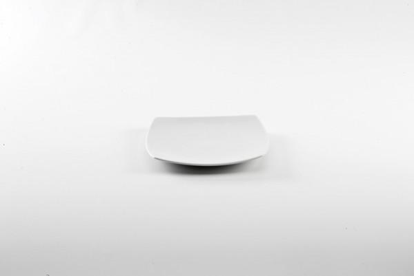 SQUARE PLATE- 19 cm